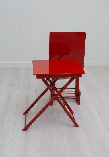 Set de 2 Mesas Plegables con stand Rojas