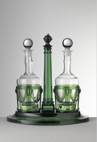 Susy Vinagrera con botellas Verde
